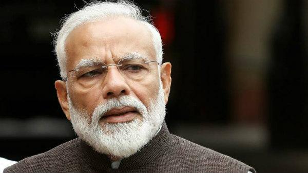 ప్రధాని మోడీకి లేఖ రాసిన 49 మంది సెలబ్రిటీలు.. వీరేం కోరుకుంటున్నారు..?