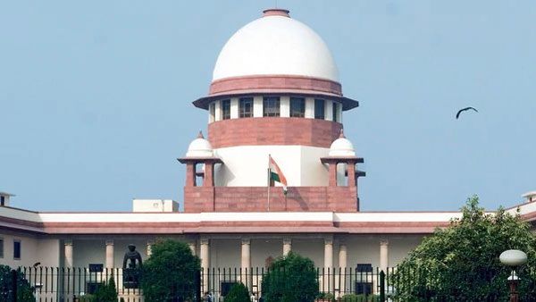 Supreme Court orders rebel MLAs to present before Karnataka legislative Assembly speaker on July 11 and plea will be examined on July 12.