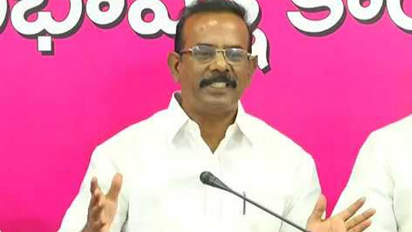 trs mp boora narsaih goud sensational comments congress mps