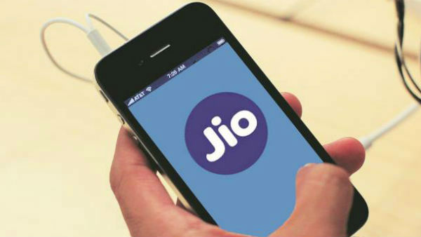 Jio to bring another revolution, may announce 3 Gigafiber plans soon