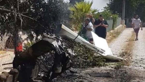 7 dead after small plane and helicopter collide on Spanish Mallorca