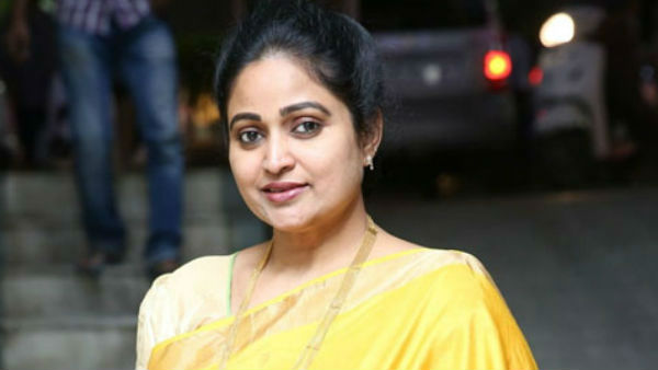 Famous Cine Actress And Tdp Leadr Divya Vani Decided To Join In Bjp