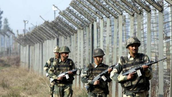 Pak deploys over 100 SSG commandos along LoC, Indian Army watching closely