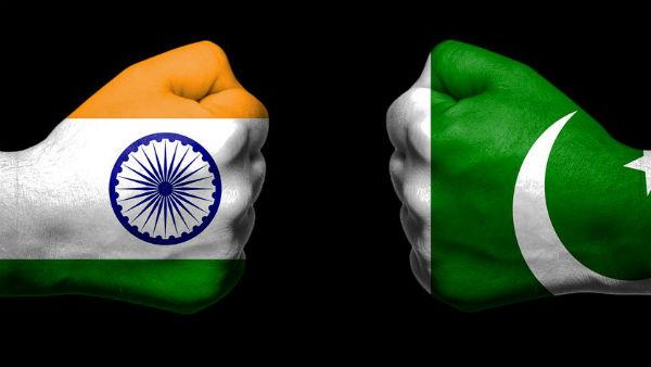 <strong>కశ్మీర్ ఇష్యూలో పాకిస్థాన్కు ఎదురుదెబ్బ.. అంతర్జాతీయంగా సపోర్ట్ లేదంటున్న ఖురేషీ..!</strong>