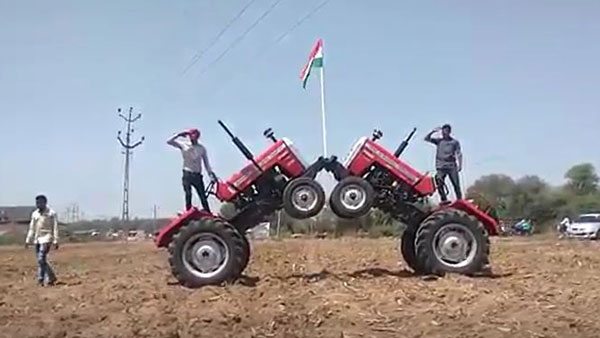 Farmers made Independence Day with tractors in the fields
