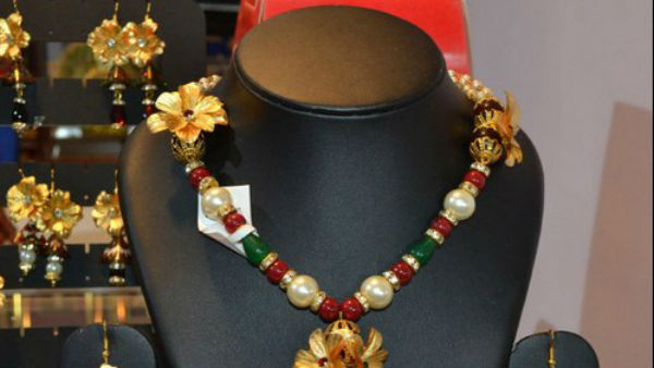 Gems and Jewellery losing shine in exports,Here is the reason