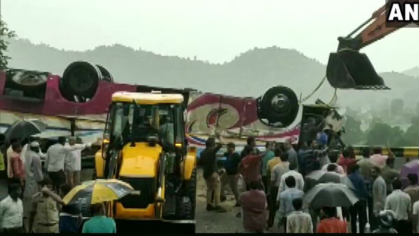 18 killed as bus falls into gorge, pm modi condolence