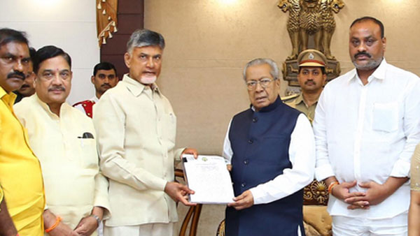 Chandrababu met governor .. representation gave on kodela death and illegal cases on TDP
