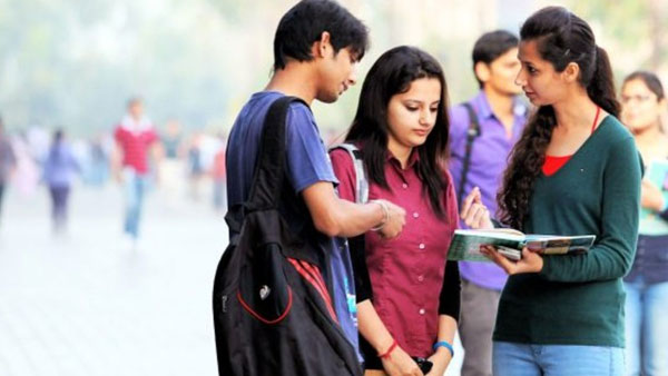 Big fall in B.Tech, M.Tech enrolment, professional courses hit 4 year low