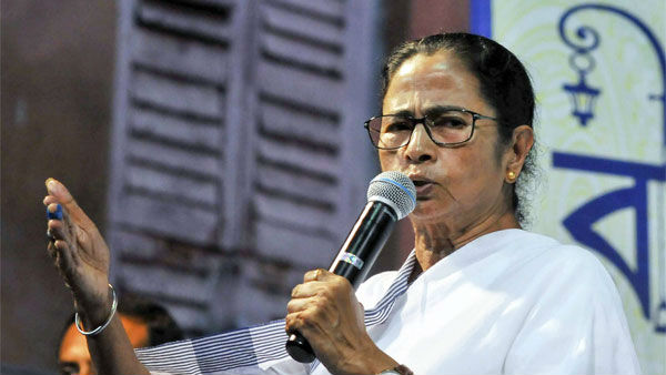 Chief Minister Mamata Banerjee took out a rally to protest against NRC,