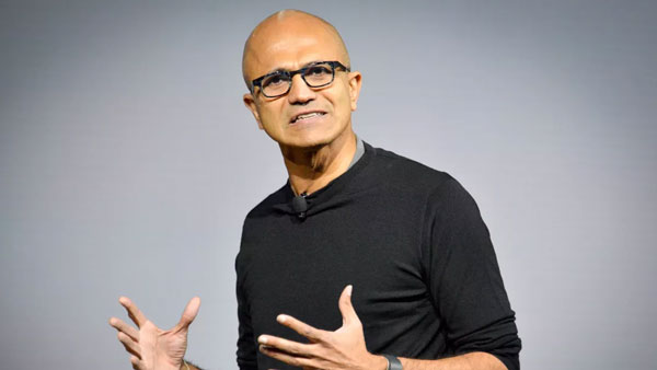 satya nadella reaches hyderabad