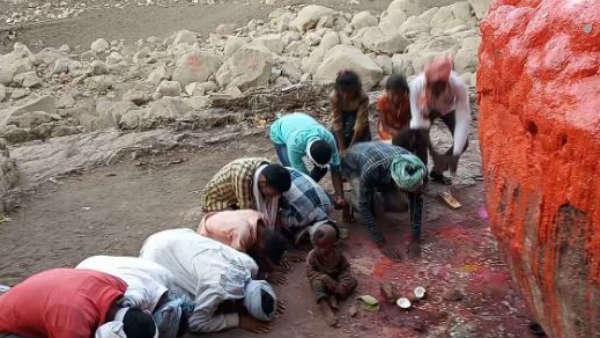 5 రోజుల ముందే దసరా పండుగ.. అడవి తల్లి ఒడిలో ప్రత్యేక పూజలు
