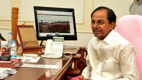 TSRTC Strike: సీఎం కేసీఆర్ కీలక సమీక్ష: ఆర్టీసీ సంఘాలతో చర్చలకు గ్రీన్ సిగ్నల్ ఇచ్చినట్లేనా?