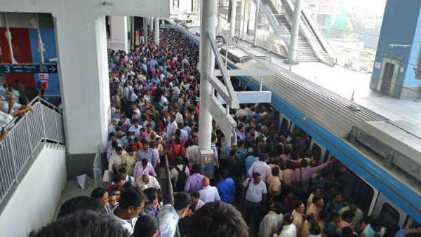 Hyderabad Metro Trains have become crowded