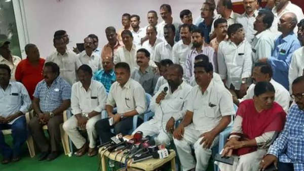 TSRTC JAC finalised action plan for next one week in all party meeting
