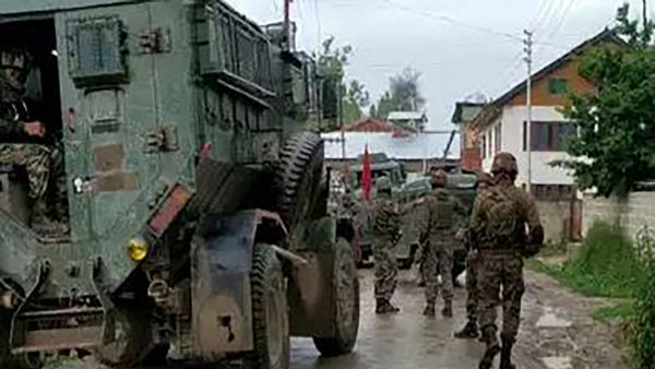 Grenade attack by militants leaves 15 injured in Sopore of Jammu and Kashmir