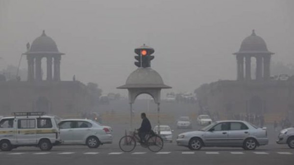 32 flights diverted from Delhis IGI airport due to low visibility caused by pollution, Schools shut down at Noida