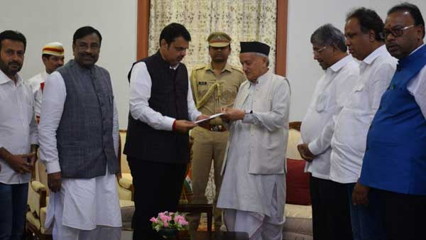 Devendra Fadnavis resigns as Chief Minister of Maharashtra, tender his resign letter to Governor