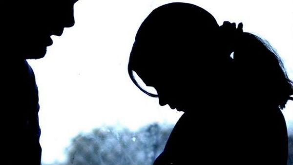 తల్లి చెల్లి తేడా లేదు..వదినపై కూడా: మృగాడికి శిక్షవేసిన కుటుంబ సభ్యులు