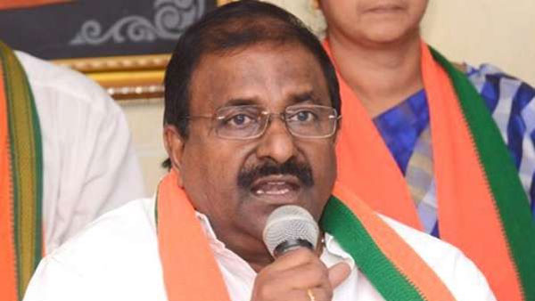 BJP leaers Somu veerraju says YCP mps is in touch with BJP high command