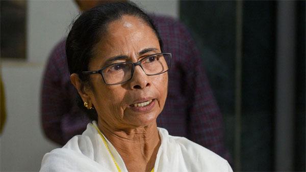 నేనుండగా మమల్ని తాకలేరు.. మోడీ సర్కార్కు మమతా సవాల్