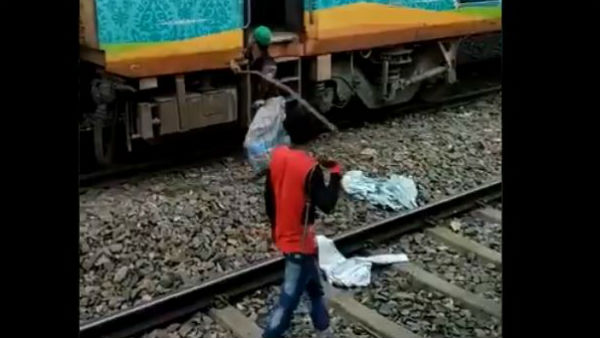 Protesters of Citizenship Amendment Act was A railway Station set on fire in West Bengal
