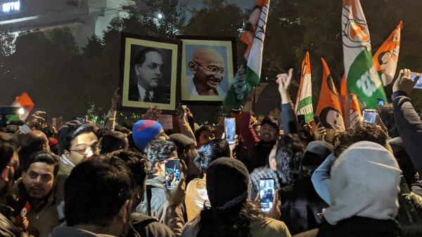 JNU Violence:నిర్మలా సీతారామన్ నుంచి సీతారం ఏచూరి వరకు..పూర్వ విద్యార్థుల స్పందన