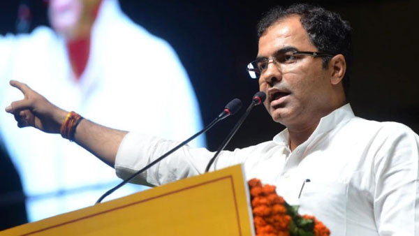 They will rape and kill daughters:BJP MP Parvesh varma stokes controversy