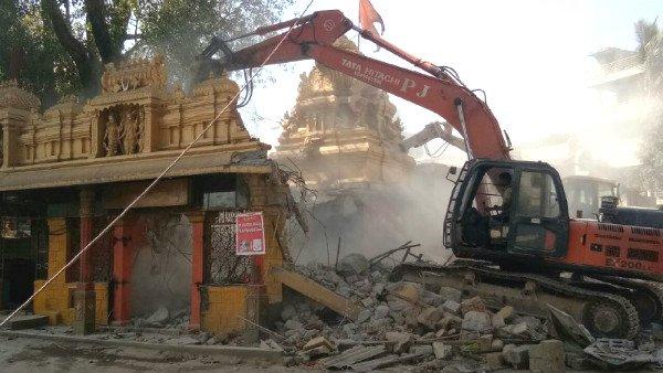 150 ఏళ్ల శ్రీ ఆంజనేయస్వామి ఆలయం నేలమట్టం, నమ్మించి మోసం చేసిన బీజేపీ ప్రభుత్వం !