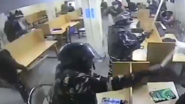Jamia Students Release CCTV Footage of Delhi Police Assaulting Students in Library on December 15
