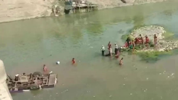 Rajasthan: 24 dead as bus falls off bridge in Boondi