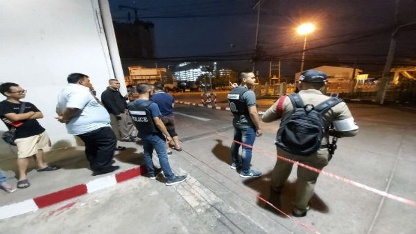 Dozens evacuated from thai mall after gunman goes on shooting spree, kills 21