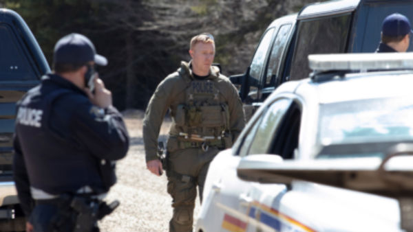 10 killed in shooting rampage in Canada, suspect dead..