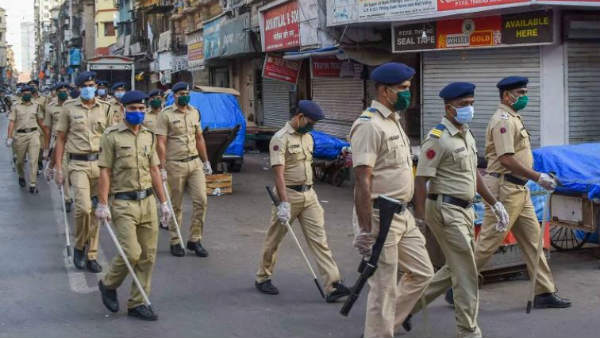 20 Cops Injured in Clash with Locals in west Bengal..