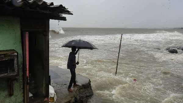 Cyclone Nisarga: అలా ముంబైకి తప్పిన ముప్పు, బలహీనపడిన తుఫాను, ముగ్గురు మృతి