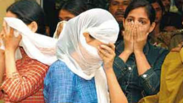 Lockdown: కోలీవుడ్ నటీమణులతో గెస్ట్ హౌస్ లో బిగ్ షాట్ రొమాన్స్, చేసింది చాలు పదనాయనా, అరెస్టు !