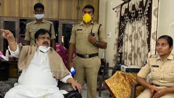 దేవినేని ఉమా, వర్ల రామయ్య హౌస్ అరెస్ట్: టీడీపీ నిరసనల పర్వం: అంబేద్కర్, ఫులే విగ్రహాలకు