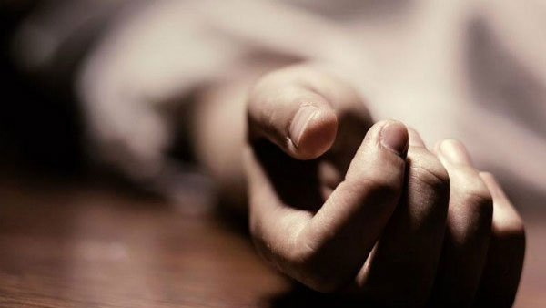 a youth died after suddenly collapsed on road in Hyderabad