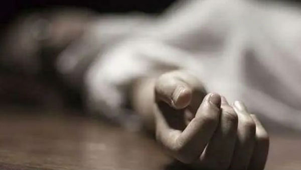 woman murder by unknown persons in kavali town in nellore district