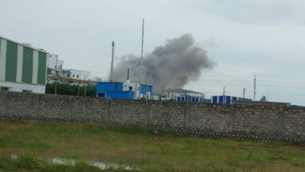 fire break out after explosion in vizag vijayasri pharma company