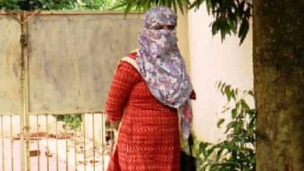 షాకింగ్: మహిళా ఎస్సైపై అత్యాచారం - తోటి ఎస్సై ఘాతుకం - సెటిల్మెంట్ - కులం తక్కువని రివర్స్