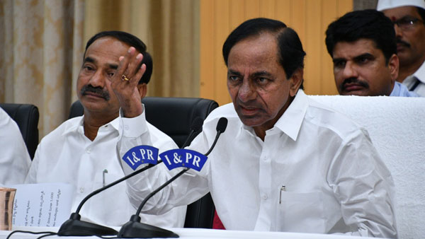 SC issues notice to 4 states inclulding Telangana for non- implementation of Ayushman Bharat