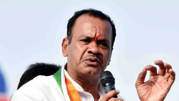 komatireddy venkat reddy filed petition in telangana high court on LRS issue.