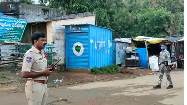 Tension in Agency villages .. police search operations in Kottaguda and gangaram