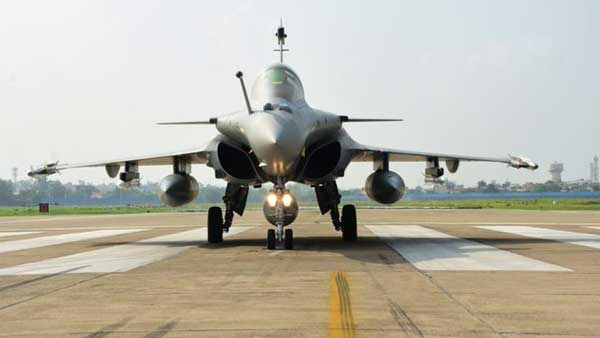Rafale squadron to get 1st woman fighter pilot: reports