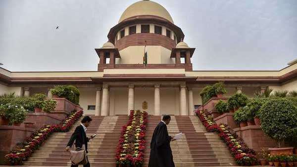 Supreme shock to AP government ... Refusal to stay on High Court orders in English medium case