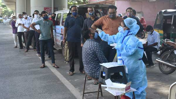 1554 new coronavirus cases and 7 deaths reported from telangana
