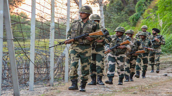 Ceasefire violation by Pakistan along LoC; 3 Indian Army soldiers killed