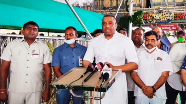 ap minister gowtham reddy says local body elections impossible amid covid 19