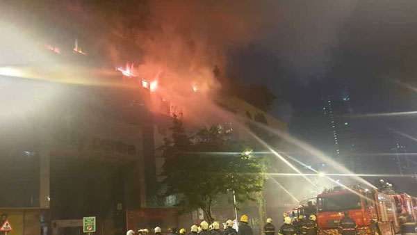 Mumbai mall fire: 2 firemen injured, 3,500 people evacuated from nearby building